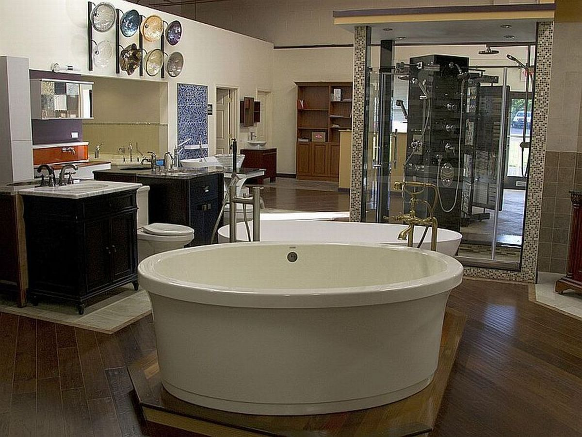 Luxury Bath Tub Showroom in Montgomery County